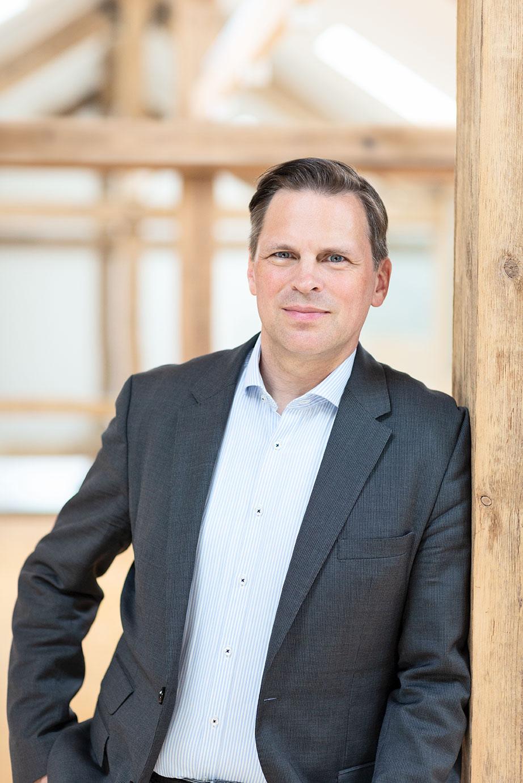 Mag. Bernd Hartweger, MLS